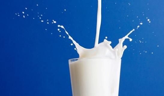 milk_blue_bg (1)