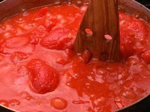 boiling tomato_sauce