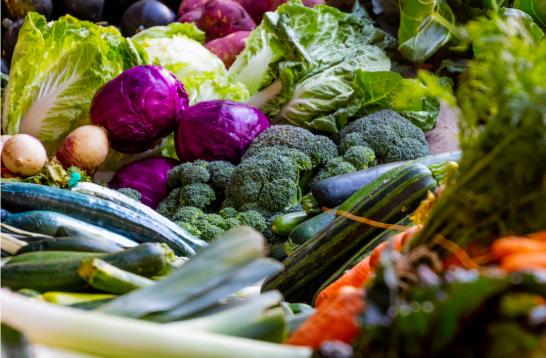 mor ve brokoli veggies